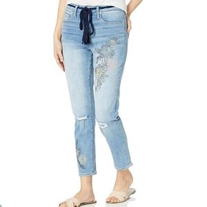 NWT Seven7 High rise mom Jean's size 8